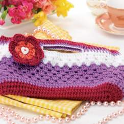 Gorgeous crochet clutch bag