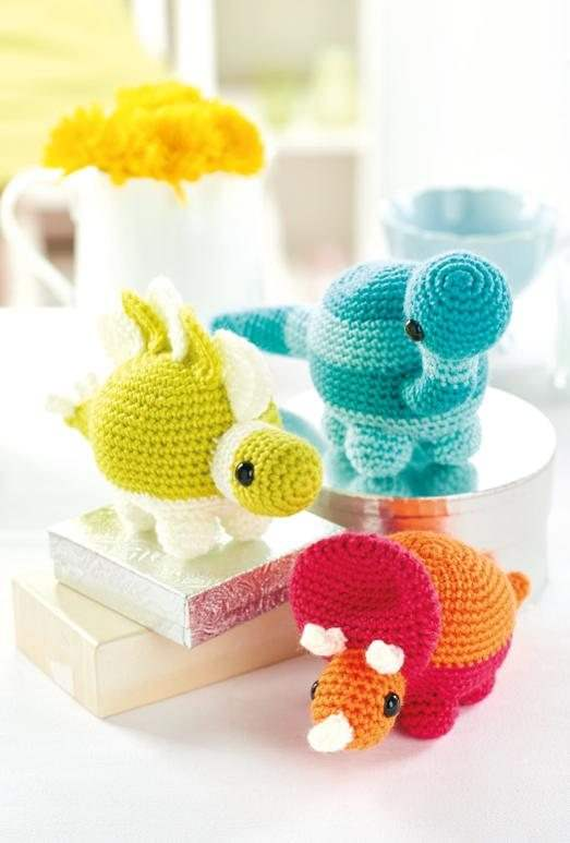 Amigurumi Dinosaur Free Crochet Patterns | 773x523