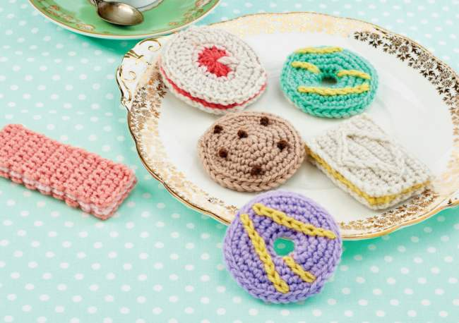 10 Scrumptious Crochet Makes For Afternoon Tea Week
