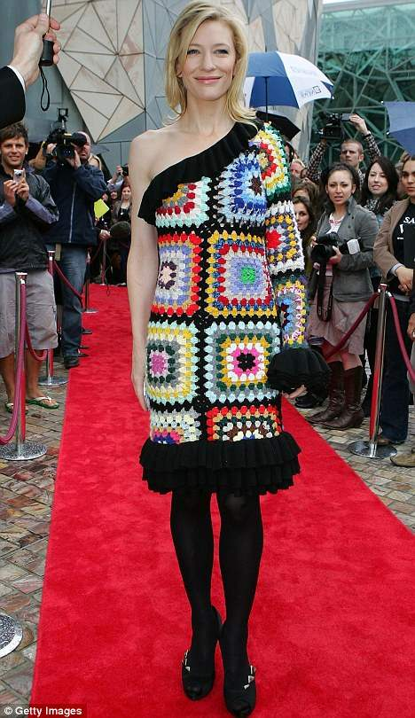 10 Celebs Who Got Knitwear Wrong