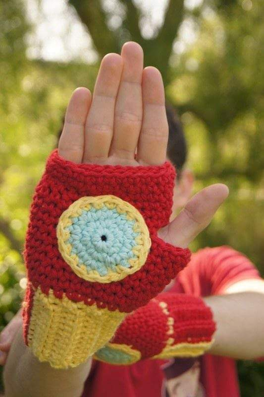 Musings of an Average Mom: Free Superhero Crochet Patterns | 800x533