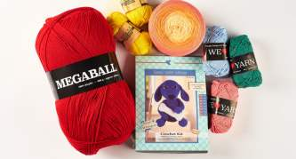 Win yarn cakes and more from Hobbii