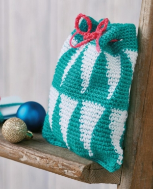 Geometric Christmas Gift Bag Pattern