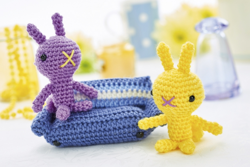 100s free crochet patterns : Page 1