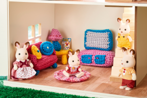 Doll's House Furniture Crochet-Along: Part 1 Pattern