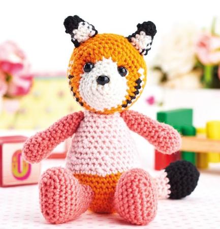 Jasmine the Red Panda Cub amigurumi pattern - Amigurumipatterns.net | 450x433