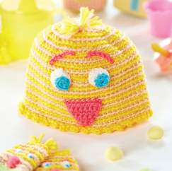 Crochet chick baby hat and mittens