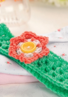 Crochet flower baby headband
