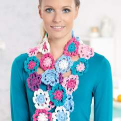 Beginner's crochet flower scarf