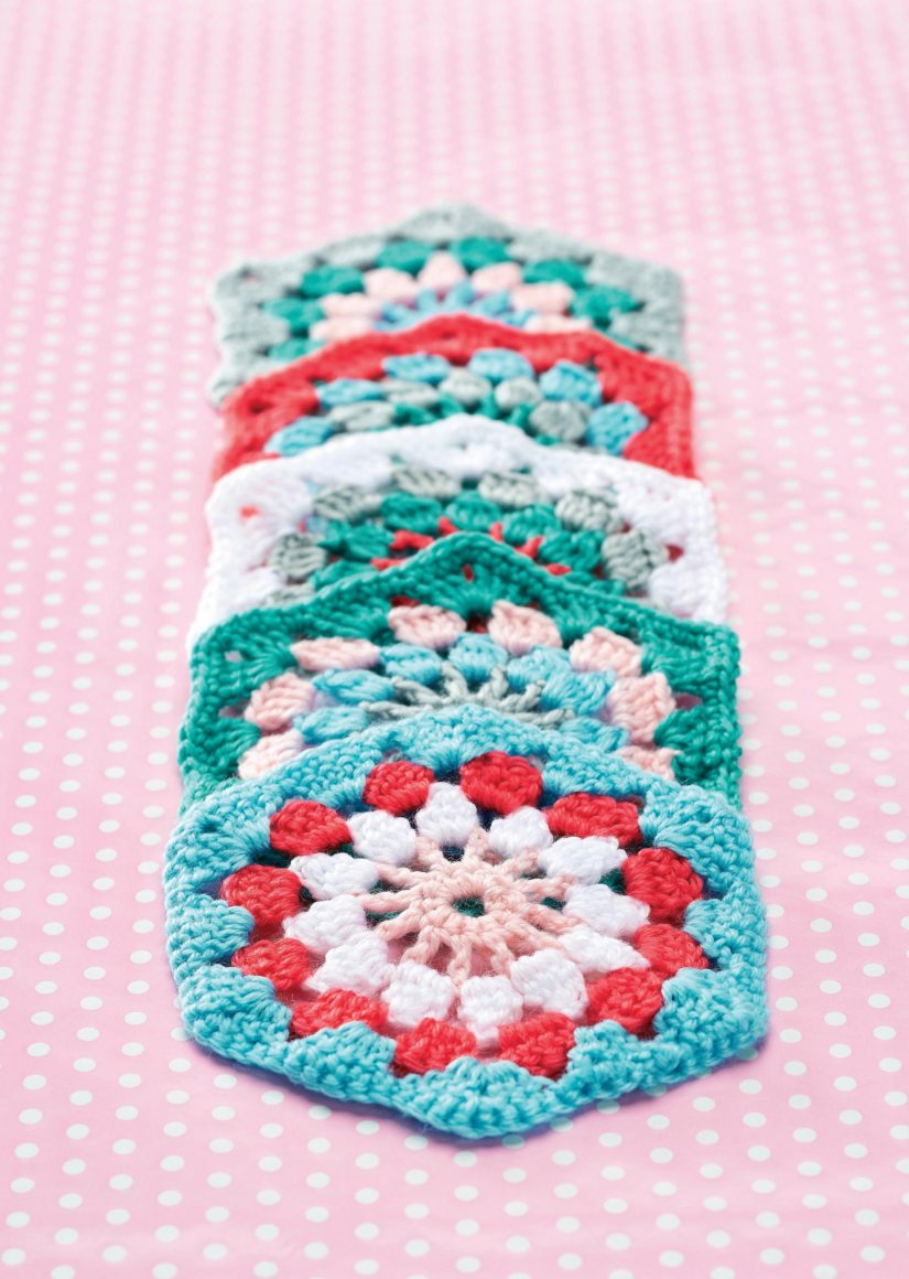 Top Crochet Patterns - Gorgeous hexagon granny square