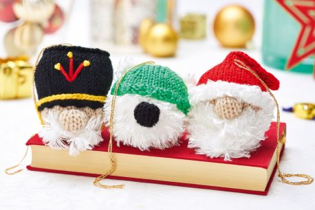 http://www.letsknit.co.uk/free-knitting-patterns/christmas-characters