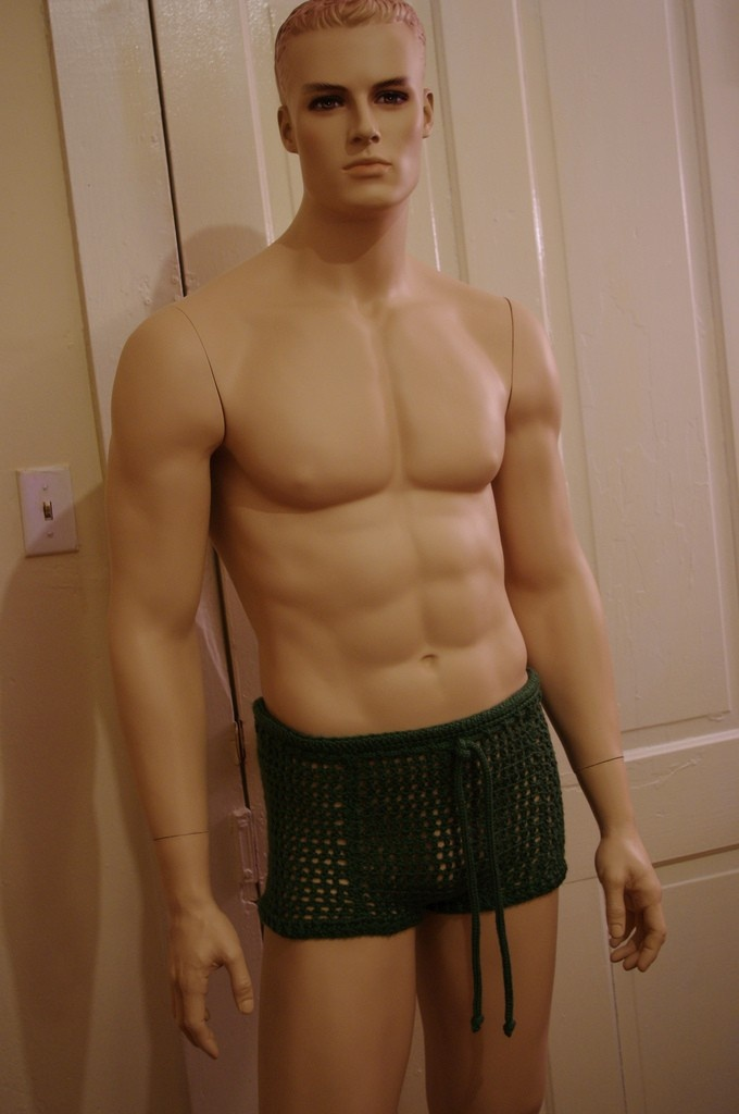 21 Men In Woolly Shorts You Cant Un See Top Crochet Patterns Blog