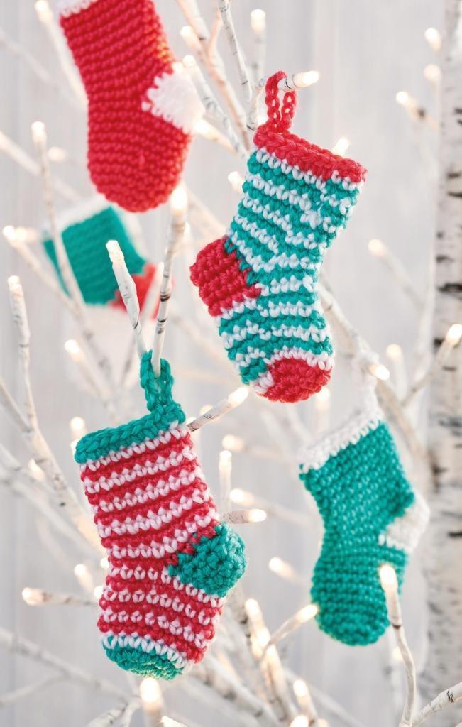 https://www.topcrochetpatterns.com/free-crochet-patterns/mini-christmas-stockings1
