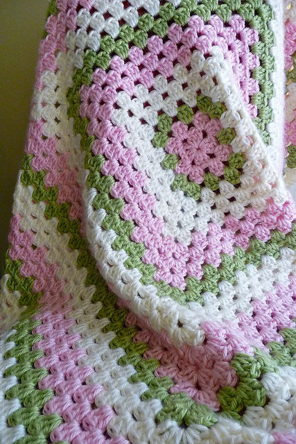 Top 12 Giant Granny Squares Top Crochet Patterns Blog