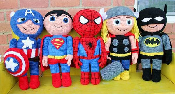 Free Amigurumi Superhero Patterns : Top 15 FREE Superhero Patterns Top Crochet Pattern Blog