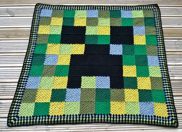 Minecraft Crochet Afghan Pattern Free : 10 Awesome Minecraft Makes Top Crochet Pattern Blog