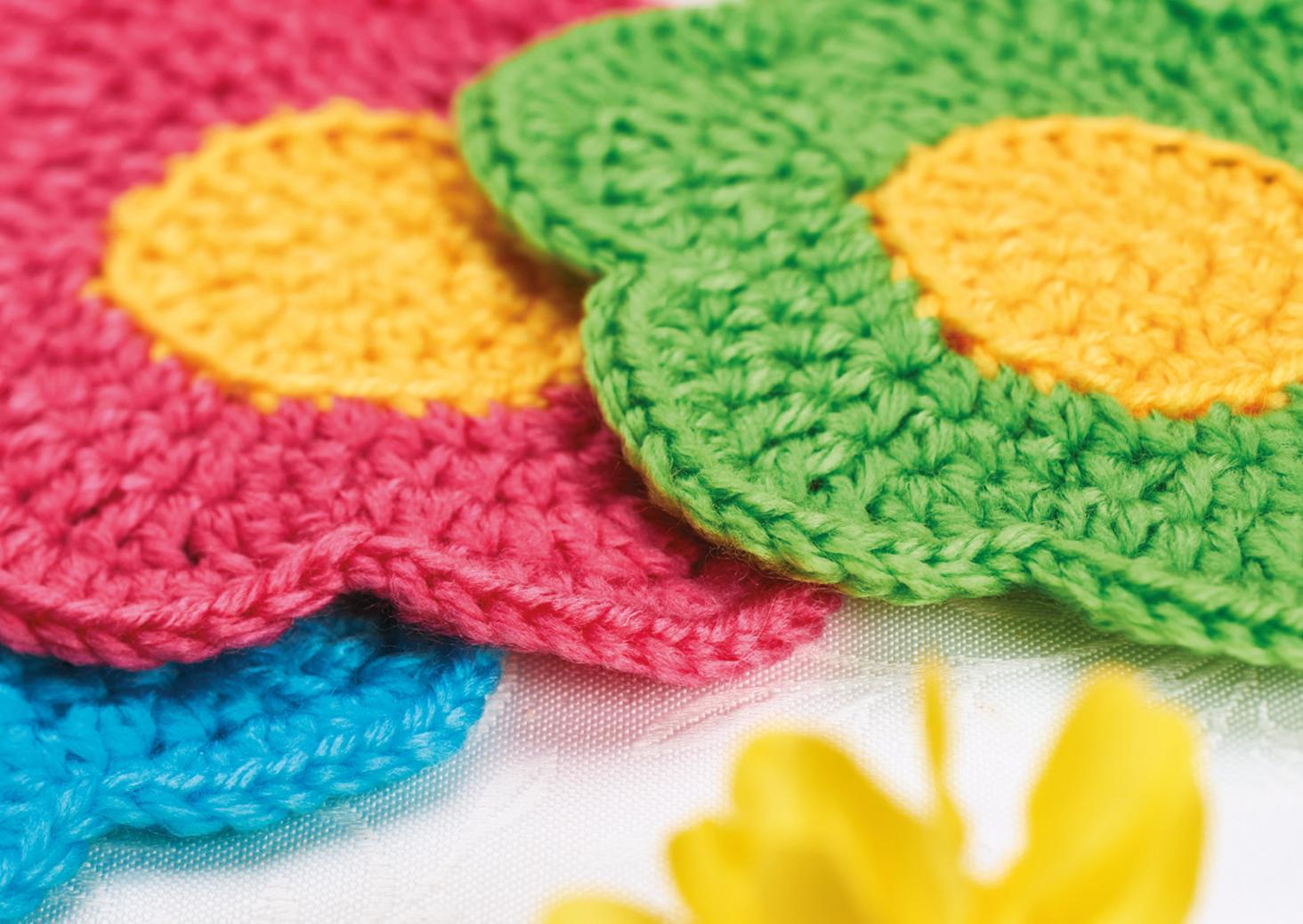 Best Free Crochet Patterns Online : Flower Coasters Crochet Pattern