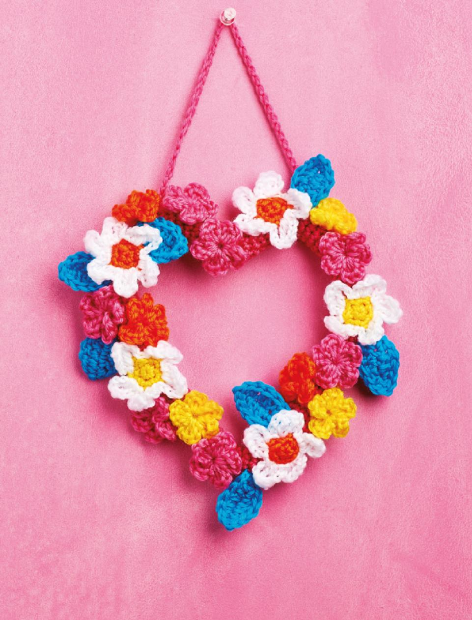 Flower Heart Wreath Crochet Pattern