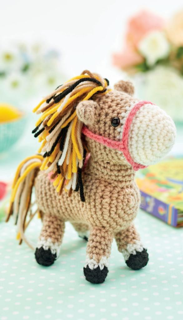 Cuddle Me Pony amigurumi pattern - Amigurumi Today | 1024x586