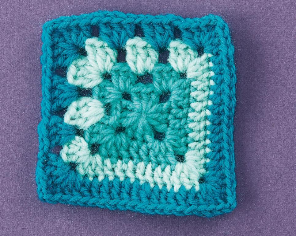 Top Crochet Patterns How To Crochet A Granny Square Patterns